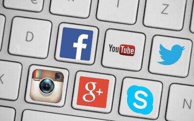 Intégrer des icônes de réseaux sociaux dans le menu Divi